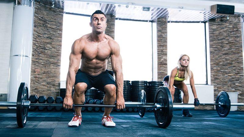 Создайте все свое тело с простой штангой веса